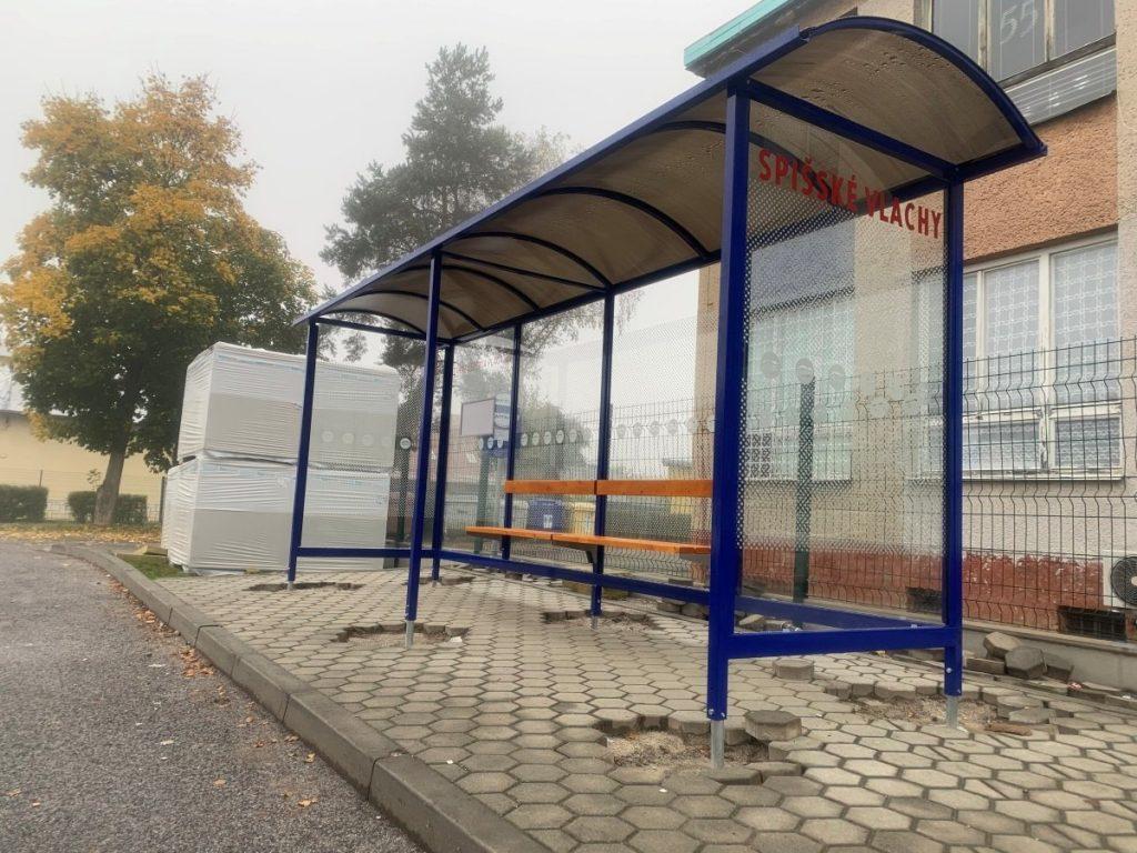autobusova-zastavka-laura-pristresky-abris-35